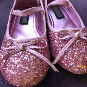 Chasing Fireflies Sparkle Play Shoes in Pink size2